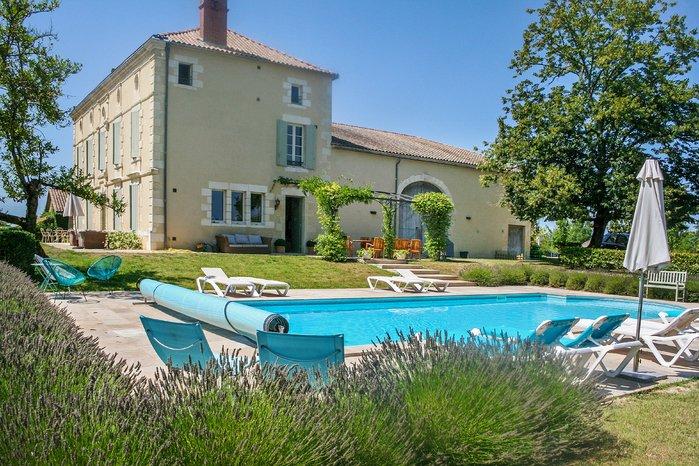 Villa in France, Duras