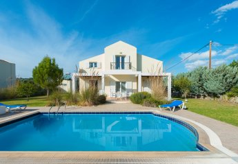 3 bedroom Villa for rent in Kolymbia