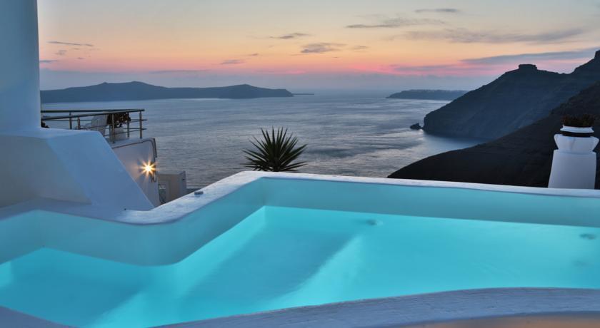 Villa in Greece, Fira Town