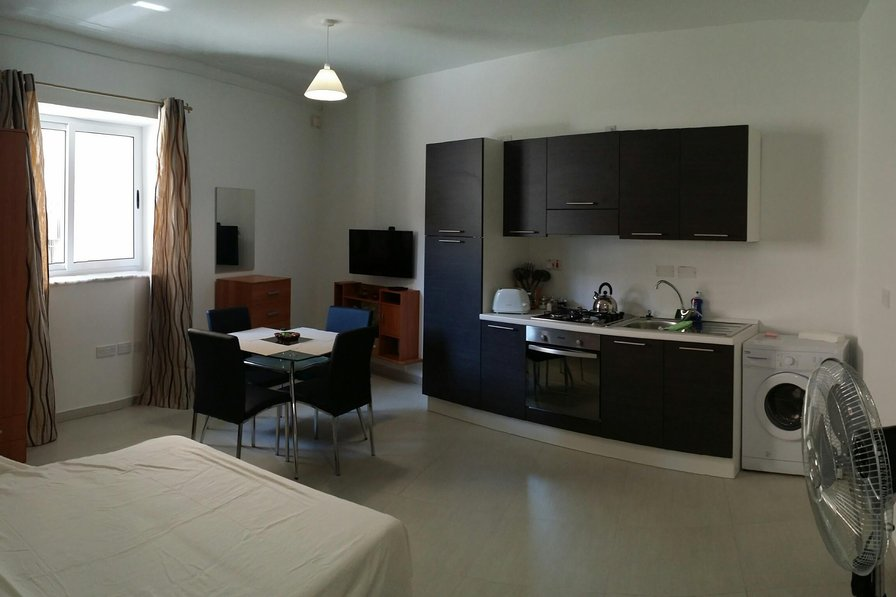 Studio apartment in Malta, Zebbug
