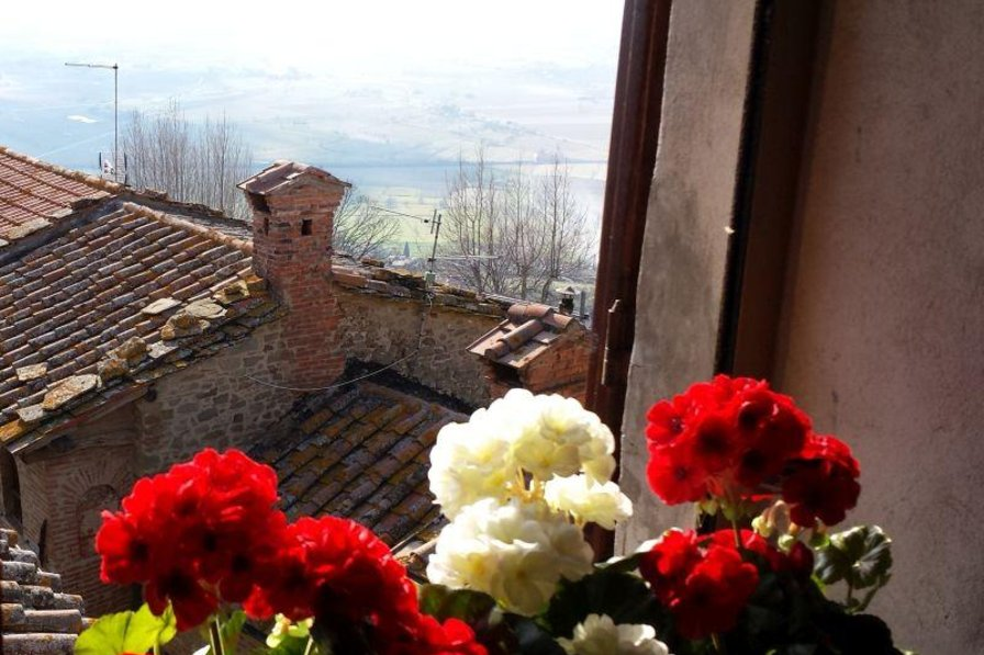 Apartment in Italy, Cortona