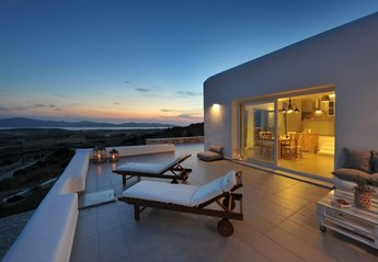Villa in Greece, Faragas