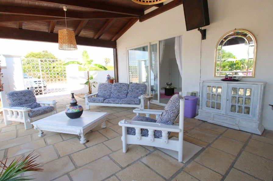Bright and Airy Beach Villa