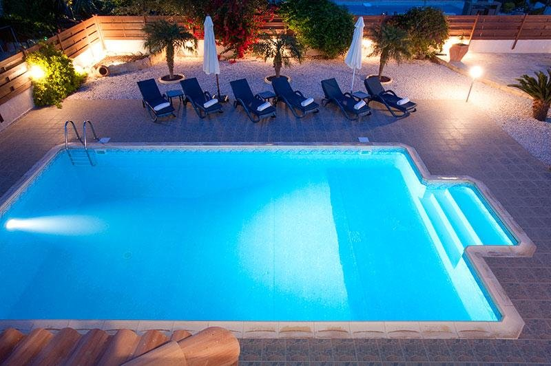 LUXURY, EXECUTIVE PAPHOS VILLA WITH PRIVATE POOL IN FAB LOCATION!
