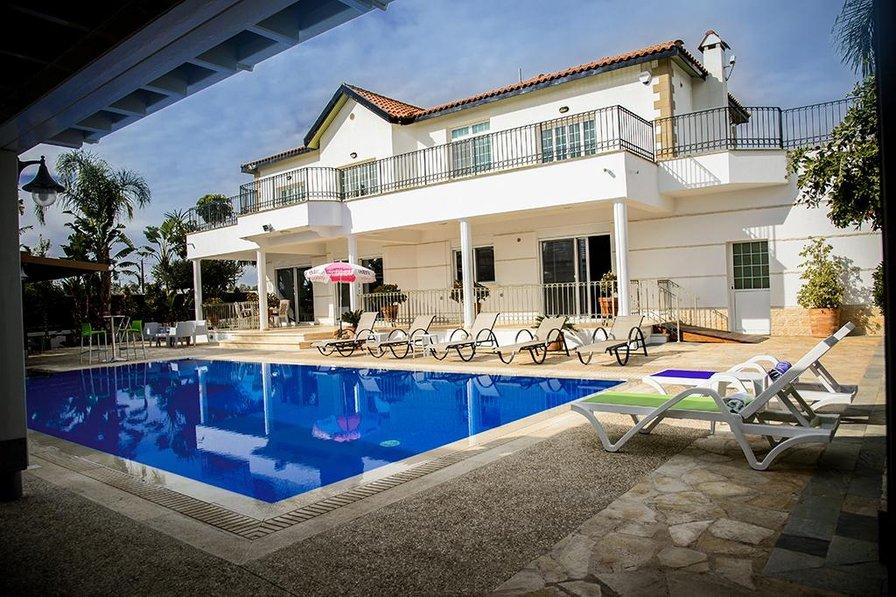 Villa in Cyprus, Paralimni