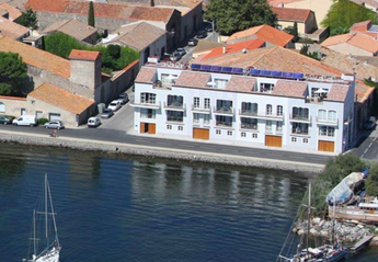 Apartment in France, Marseillan: Aerial view of the property in Marseillan