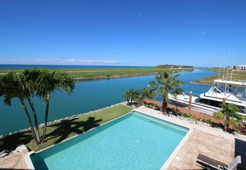 Villa in Bahamas, Grand Bahama Island: Sea Grape Villa Private Pool