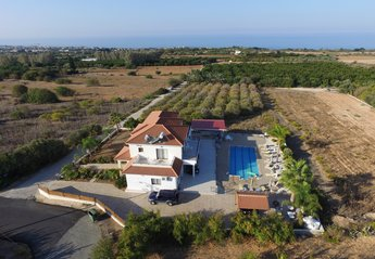 5 bedroom Villa for rent in Tala