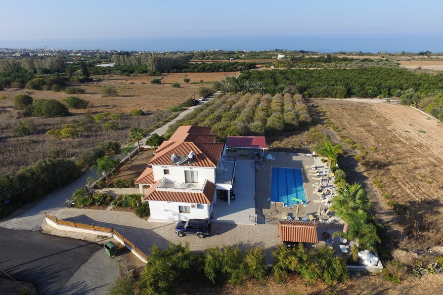 A Fabulous villa!! Nayia Paradise Villa.