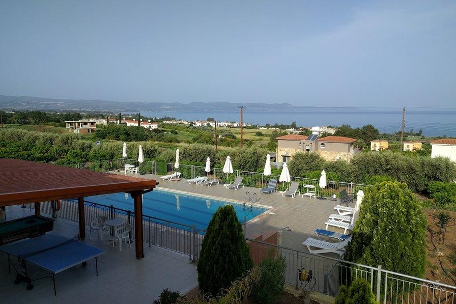 An astonishing villa!! Blue View Villa.