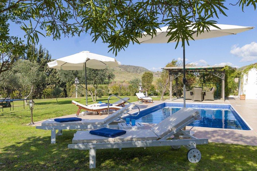 Villa in Cyprus, Agia Varvara
