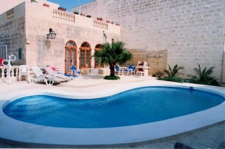 Villa in Malta, Gharb