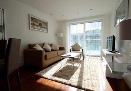 Apartment in Canary Wharf, London