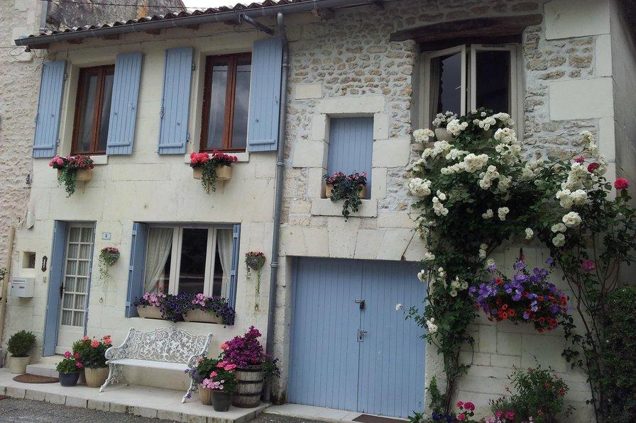 Cottage in France, Cognac