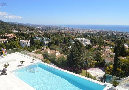 Villa in Marbella Sierra Blanca, Spain