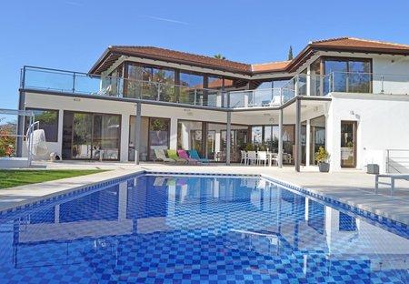 Villa in Magna Marbella Golf, Spain
