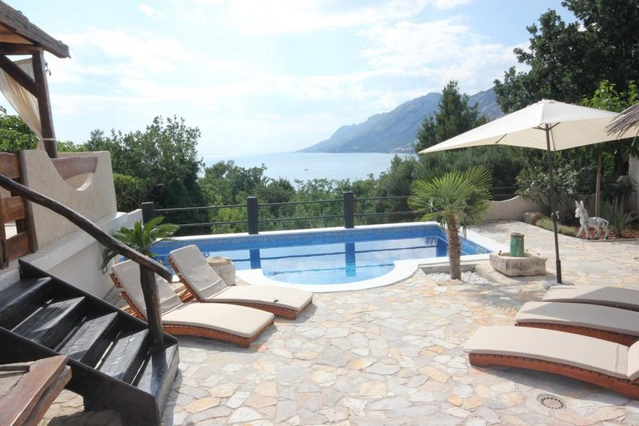 Villa in Croatia, Brela