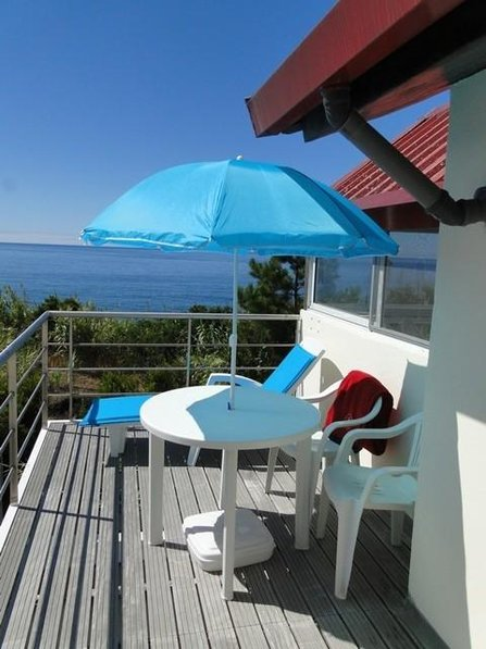 606 Apartment on the first top floor with beautiful sea views