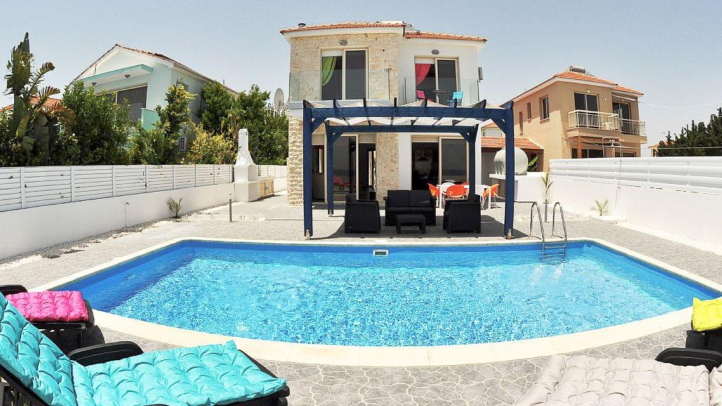 Villa in Cyprus, Larnaca, south