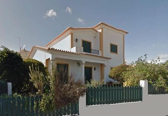 4 bedroom Villa for rent in Armacao de Pera