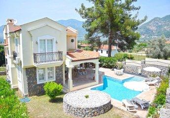 3 bedroom Villa for rent in Uzumlu