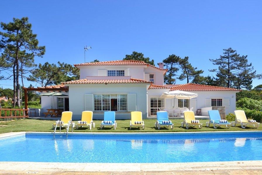 Villa in Portugal, Praia das Maçãs