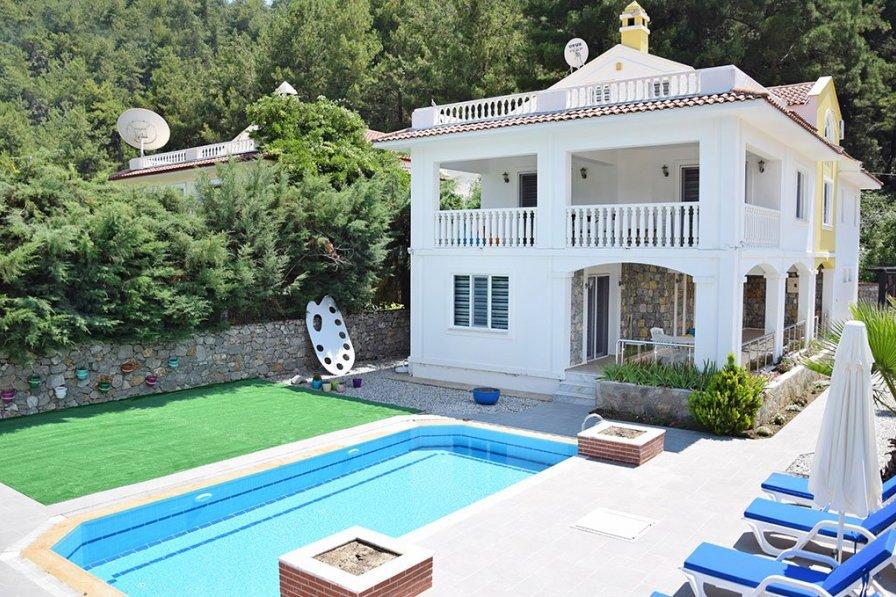 Villa in Turkey, Üzümlü