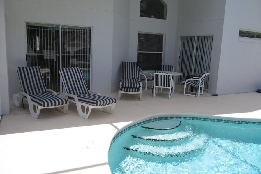 Disney / Orlando 4 bedroom vacation pool home