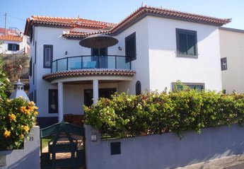 Villa in Portugal, Funchal: Main view