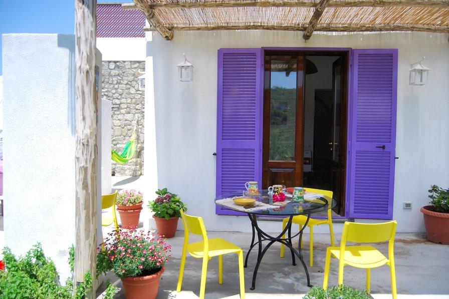 Studio apartment in Italy, Ischia