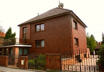 4 bedroom Villa for rent in Prague