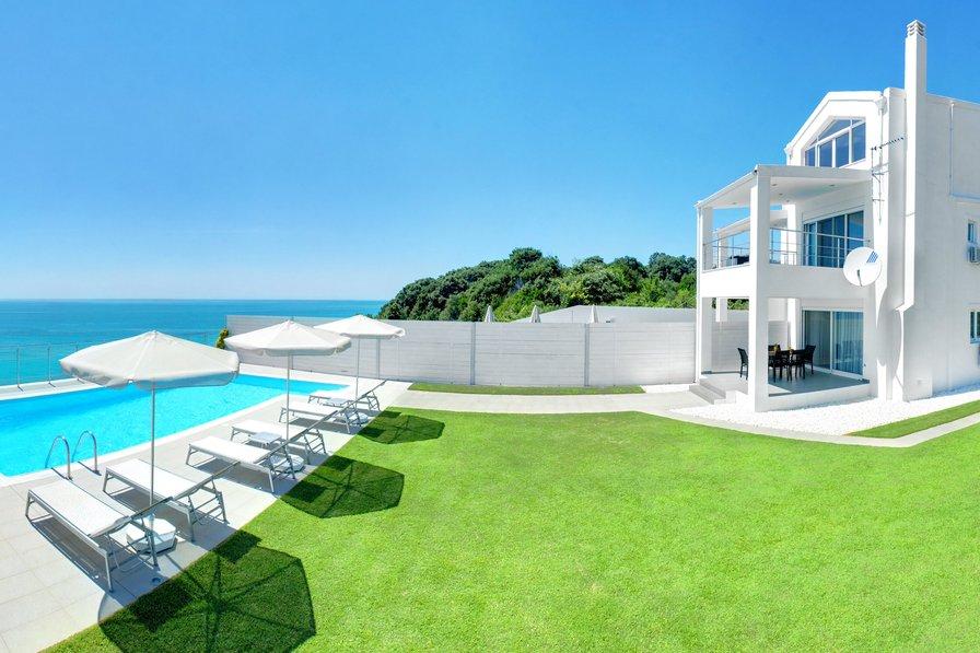 Villa in Greece, Chalikounas