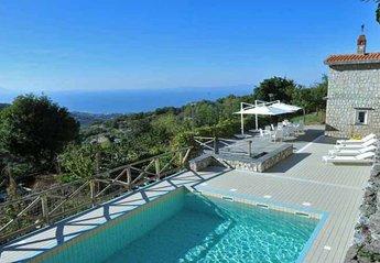 Villa in Italy, Sant' Agata sui due Golfi: 01 Villa Sorrentina pool area
