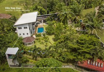 Villa in Thailand, Chalong: The Villa