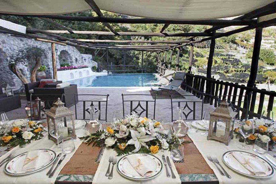 Villa in Italy, Vettica