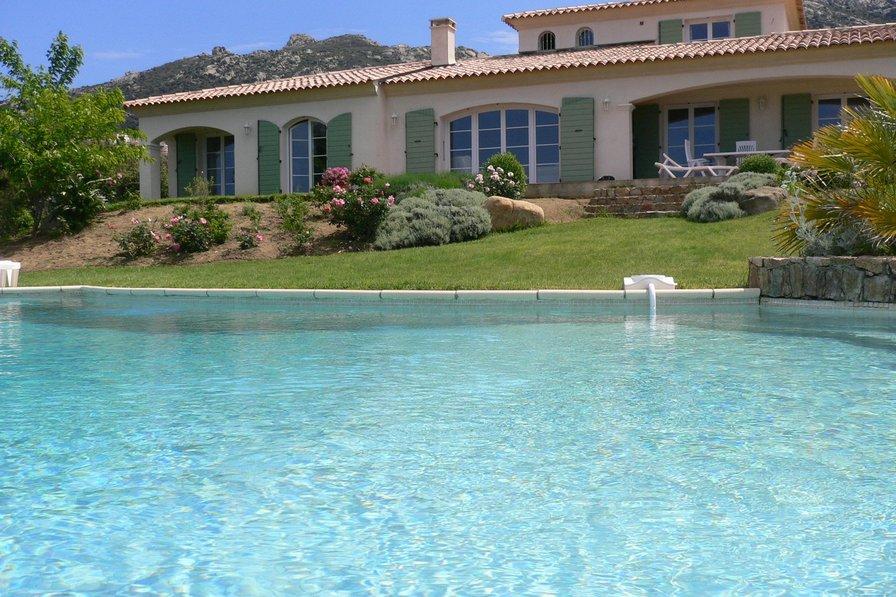 Villa in France, Lumio