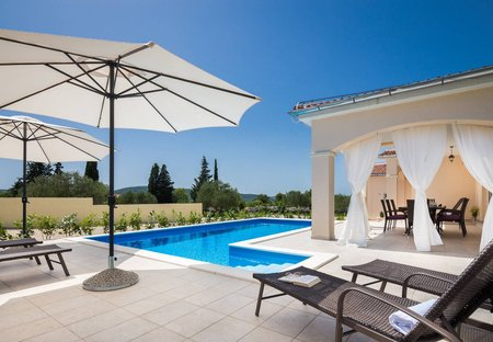 Villa in Bilice, Croatia