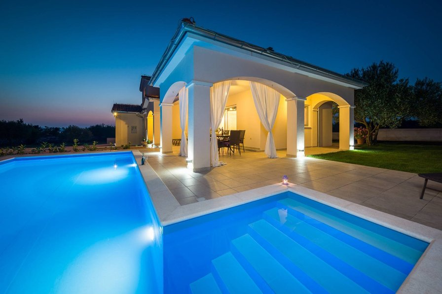 Villa in Croatia, Bilice