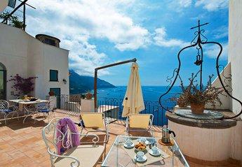3 bedroom House for rent in Positano
