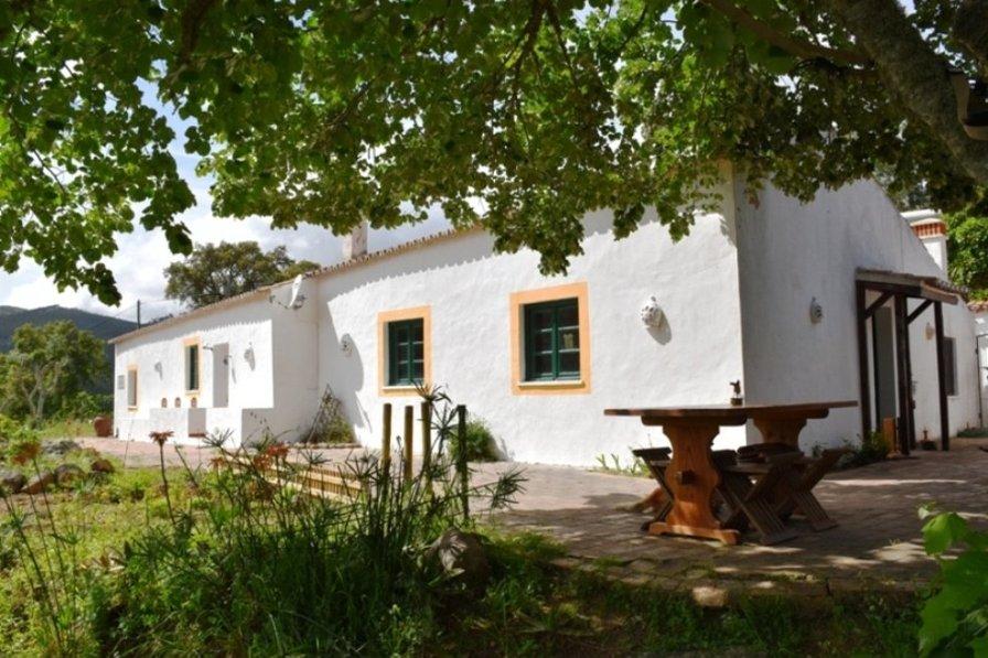 House in Portugal, Alferce