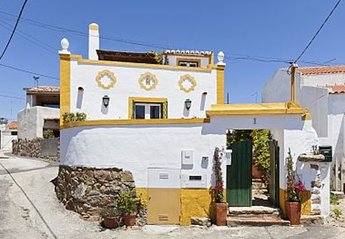 House in Portugal, Azoia