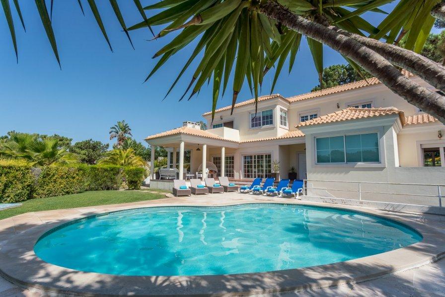 Villa in Portugal, Tróia
