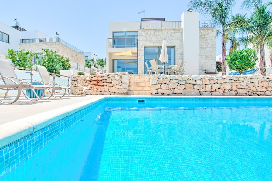 Villa To Rent In Latchi Cyprus With Private Pool 188667