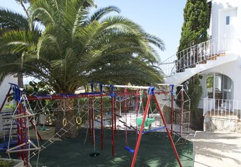 Villa in Spain, Balcón al Mar: Private playground with a sand place