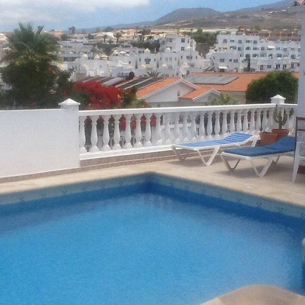 Villa Tosca - 3 bed Villa in Callao Salvaje with Air Conditioning