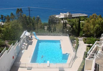 Apartment in Greece, Loutraki: Swimming pool