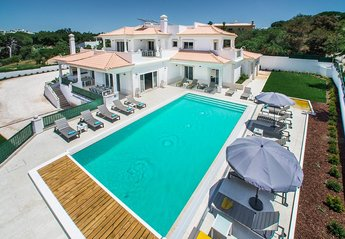 15 bedroom Villa for rent in Albufeira