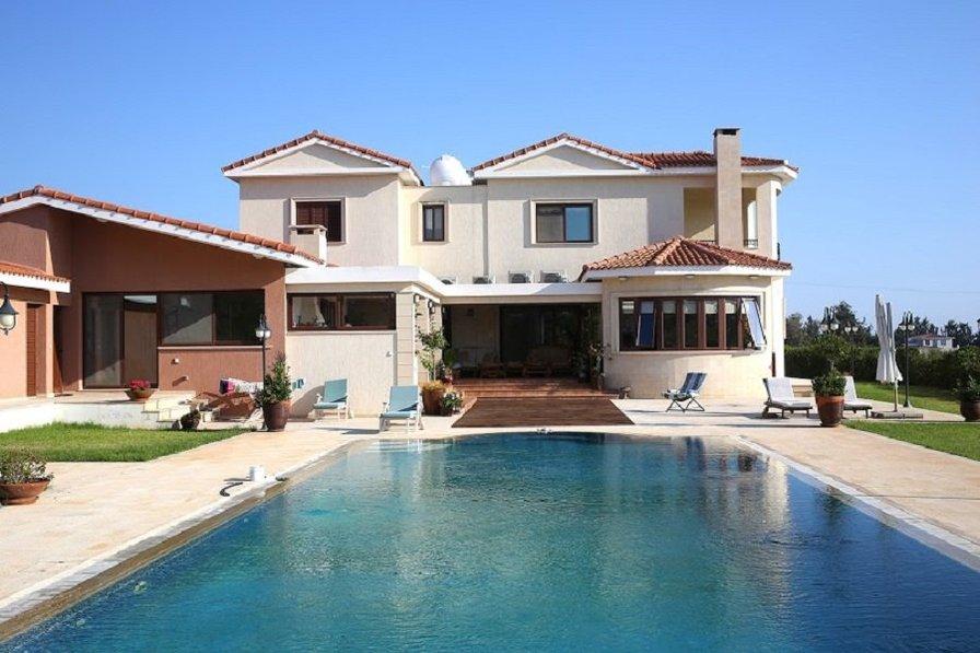 Owners abroad Amazing Emba Luxury Villa