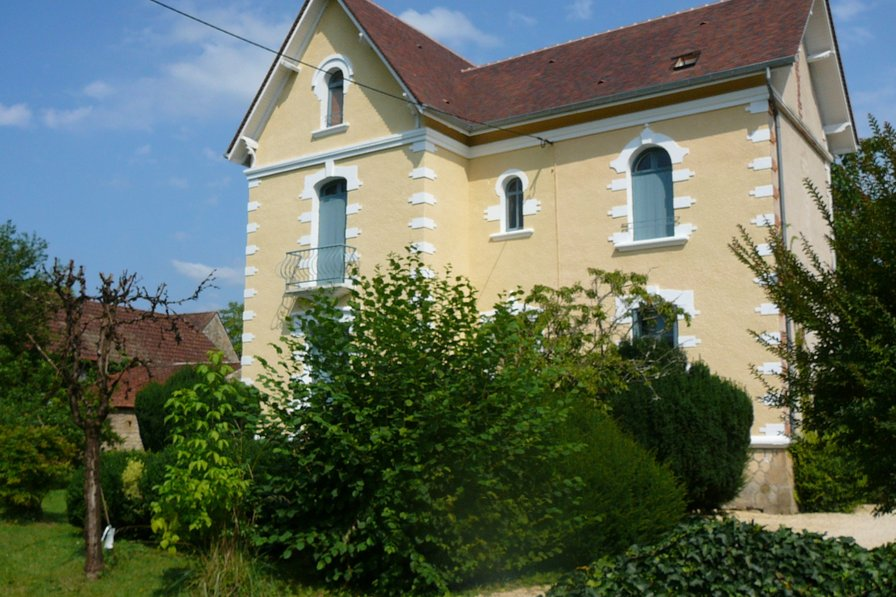 House in France, Saint-Julien-de-Lampon