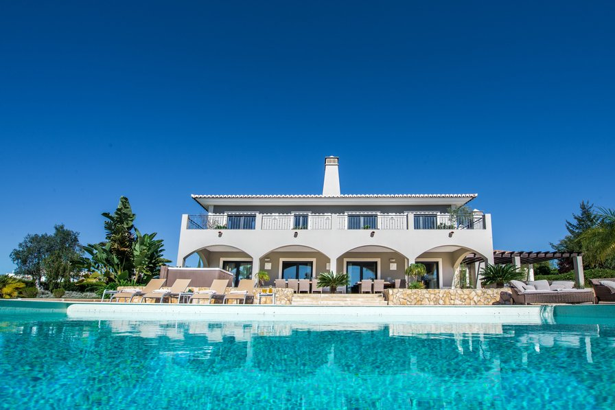 Villa Pureza - Modern villa with 6 bedrooms in Algarve